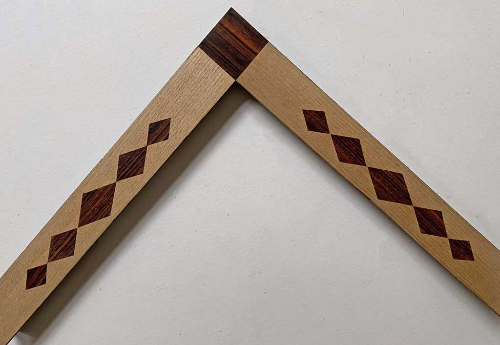 Placage losanges angles cocobolo
